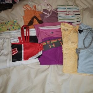 Bundle of womens/juniors size small clothing